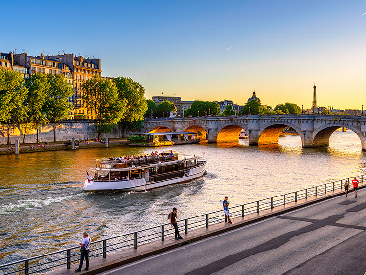 London and Paris w/ Eurostar Package