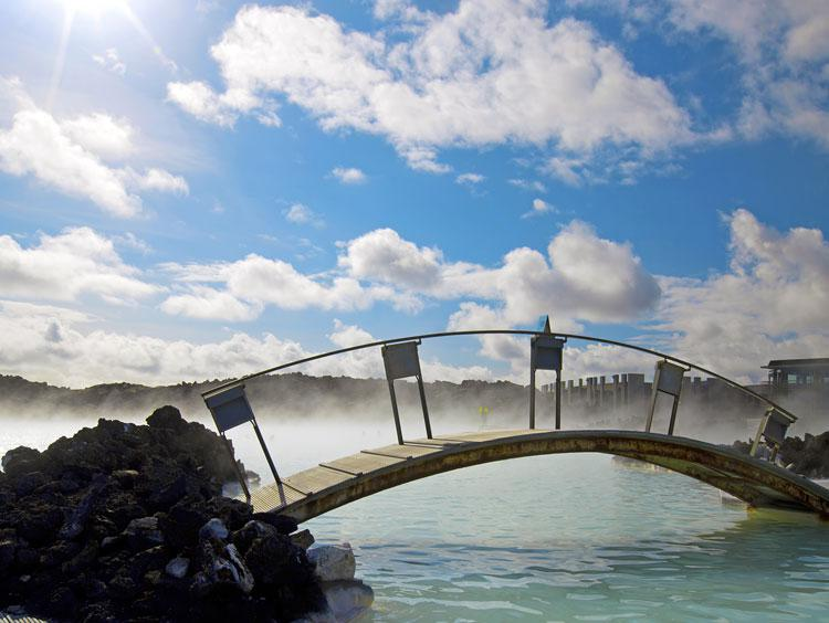 Iceland Nature and Wellness Getaway