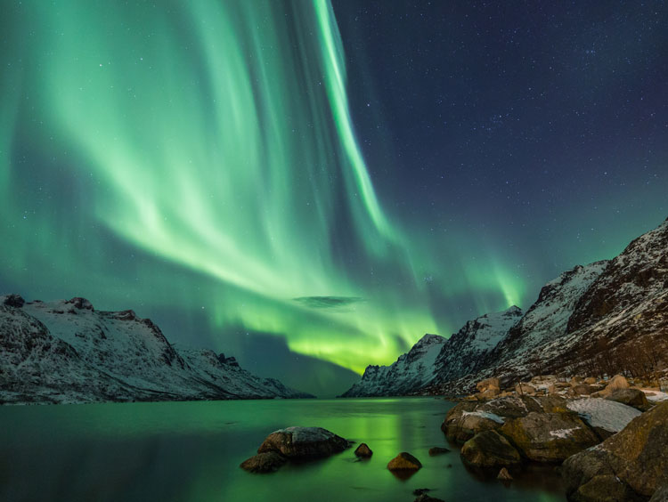 Hidden Powers and Northern Lights Hunt Winter Escorted Tour