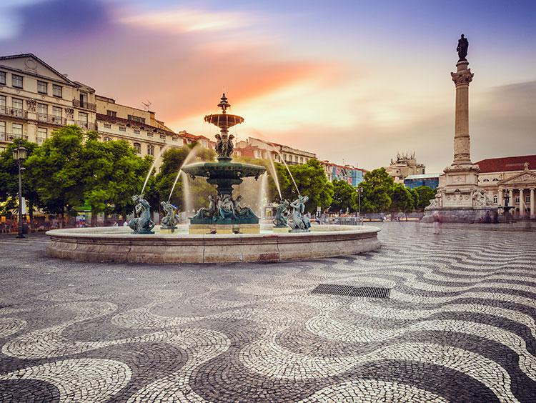 how to travel from lisbon to madrid