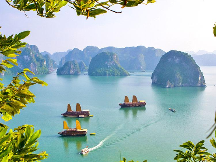Glimpse of Vietnam Escorted Tour